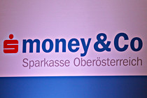 money-und-co007.jpg