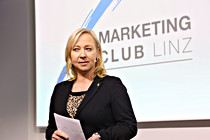 marketingclub002.JPG